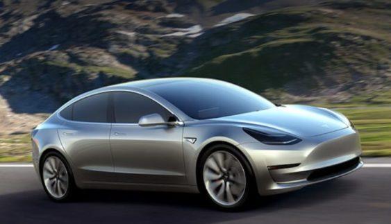 Серійний варіант Tesla Model 3 з'явиться вже через місяць