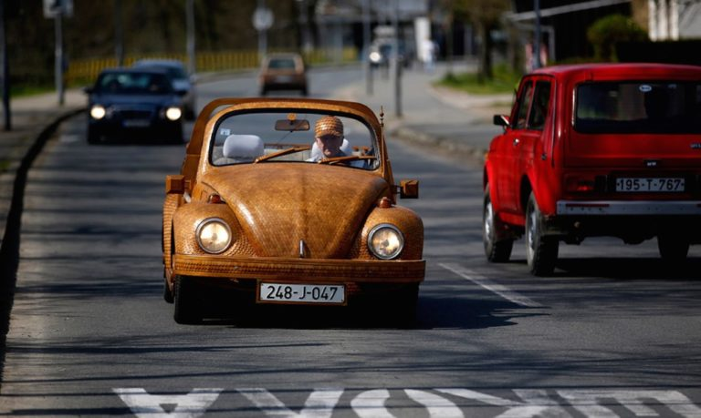 timber-VW-beetle-by-Momir-Bojic-2-1020x610