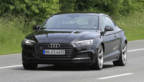 Audi вивела на тести RS5 нового покоління