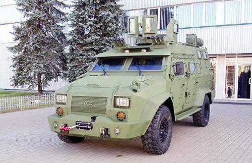 Продемонстрували український бронеавтомобіль Барс-8 (Фото)