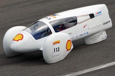 В Україні представили унікальний автомобіль, здатний проїхати до 600 км на 1 літрі бензину