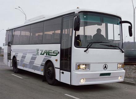 ЛАЗ Лайнер-10 – автобус середнього класу для дальніх рейсів
