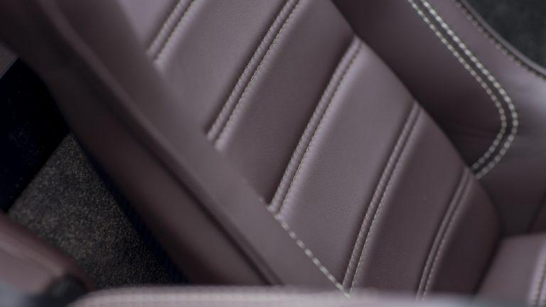 aston-martin-vantage-gt12-roadster-17