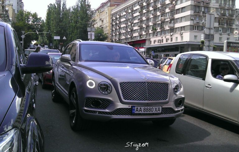 bentley-bentayga-kiev-2016-10jpg