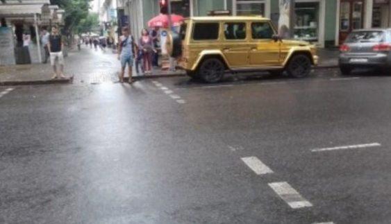 """В Одесі покарали """"автохама"""" на золотому """"Гелендвагені"""" (Фото)"""