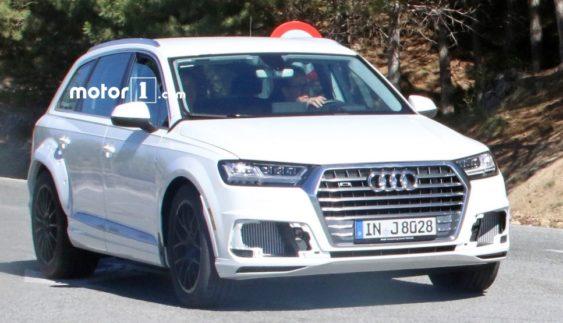Люксова модель Audi Q8 вийшла на випробування