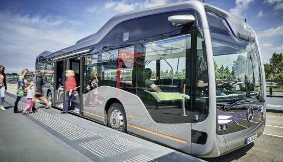 """""""Мерседес"""" показав безпілотний автобус майбутнього (фото)"""