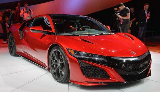 Стартували продажі суперкара Honda NSX