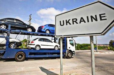 Імпорт автомобілів до України різко збільшився