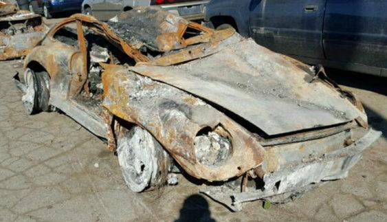 Неймовірно: згорілий Porsche 1996 року оцінили в 95 тисяч доларів (Фото)