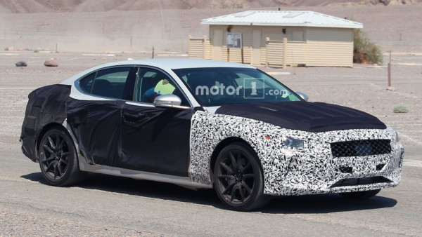genesis-g70-spy-photos-2