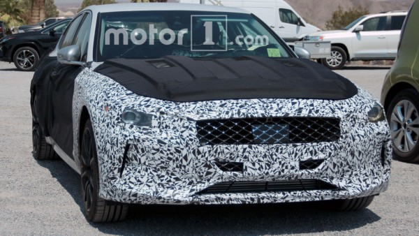 genesis-g70-spy-photos-3