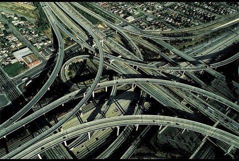 Найскладніша дорожня розв'язка в світі (Відео)