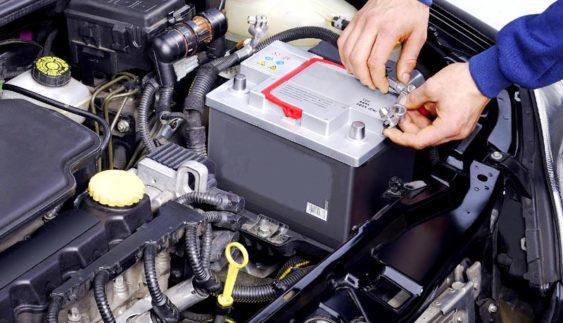 Що необхідно знати при зарядці акумуляторної батареї автомобіля