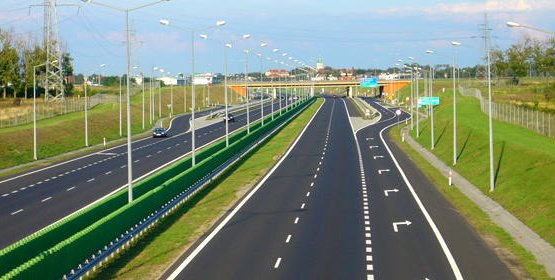 В Україні починають будувати нові дороги