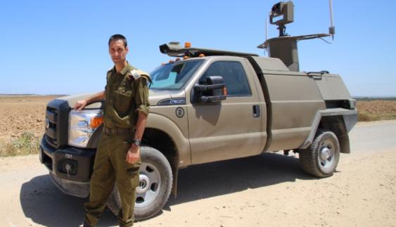 Автономний автомобіль поступив в армію (фото)