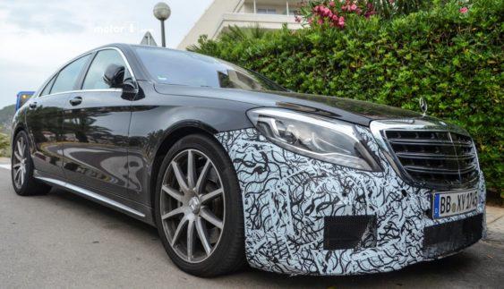 Оновлені Mercedes-AMG S63 і S-Class проходять випробування (Фото)