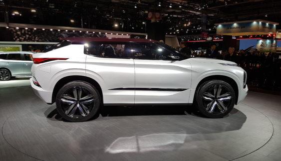 Mitsubishi запускає у виробництво оновлений Outlander