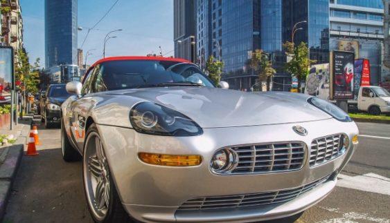 У Києві засвітився рідкісний родстер BMW за третину мільйона доларів (Фото)