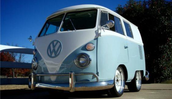 На продаж виставили унікальний Volkswagen Transporter (Фото)