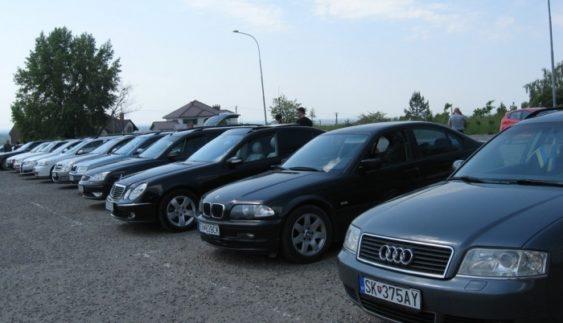 Куди зникають машини з іноземними номерами в Україні?