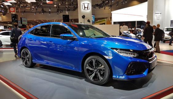 Нове покоління хетчбека Honda Civic дебютувало в Парижі (Фото)
