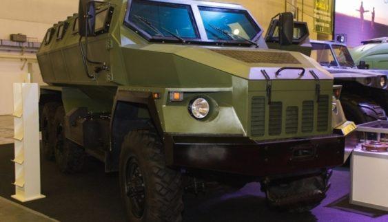 В Україні створили новий броньований автомобіль «Варта 6х6» (Фото)