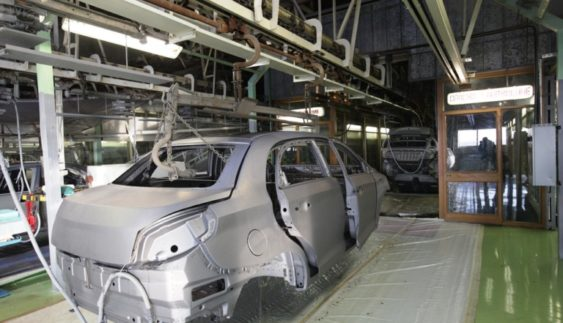 В Україні виробництво автомобілів різко скоротилось