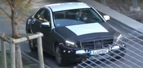 1478429178_2018-2019-mercedes-benz-c-class-facelift-spied-hides-important-design-changes_1