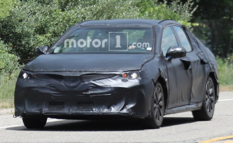 1478946316_toyota-camry-spied-3_827x510_81467873580