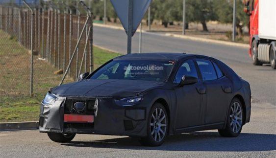 В інтернет потрапили шпигунські фото Lexus LS 2018