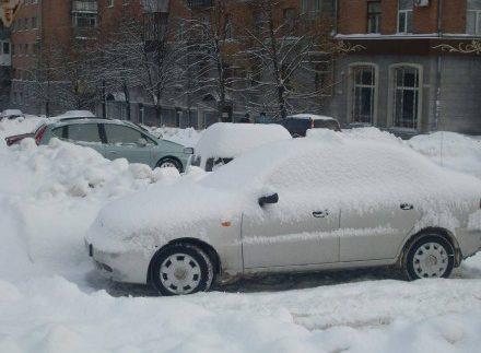 Киян попередили про евакуацію автівок
