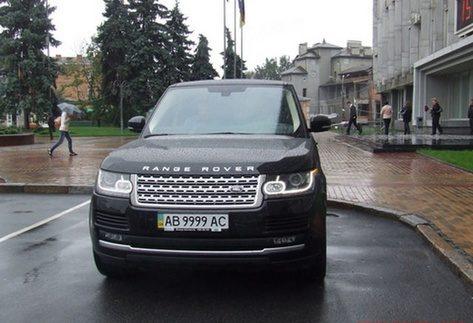 В кого найдорожчий автомобіль у Кабміні (Фото)