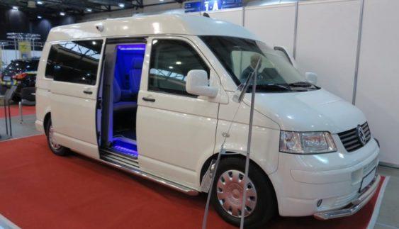 «Розумний» броньований автомобіль VIP- класу створили в Україні (Фото)