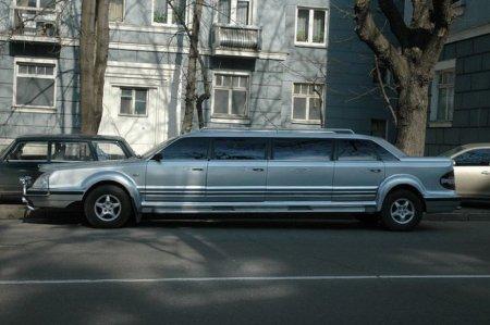 Єдиний український лімузин продають як купу металобрухту (Фото)