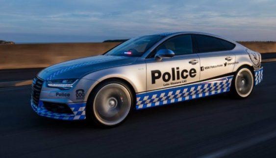 Поліція буде їздити на розкішних моделях Audi S6 (Фото)