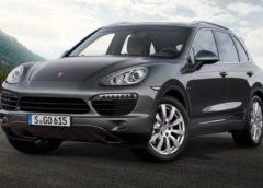Porsche Cayenne та Panamera перетворять на електромобілі