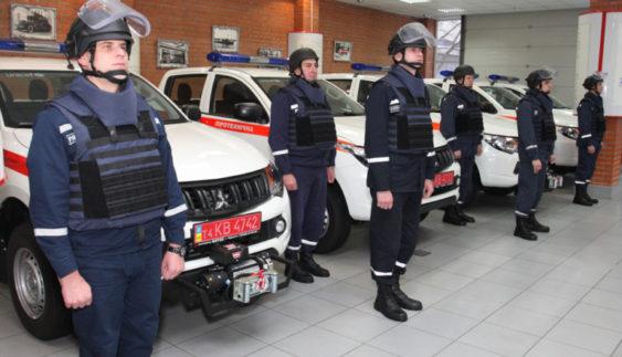 Українські рятувальники будуть їздити на сучасних машинах (Фото)