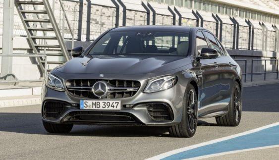 Купе Mercedes-Benz E-класу зняли на тестах