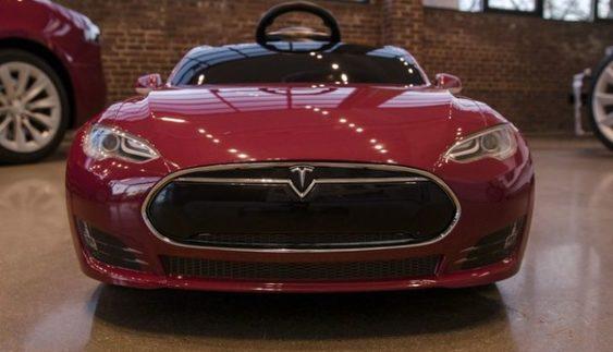Tesla показала своє авто за ціною смартфона (Фото)