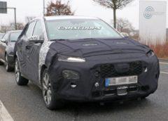 З'явилися знімки нового субкомпактного кросовера від Hyundai