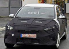 Новий Kia Ceed помічений під час тестів