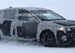 Ford Focus нового покоління помічений на зимових тестах (Фото)