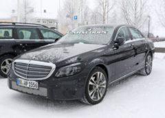 З'явилися свіжі фото оновленого Mercedes-Benz C-Class