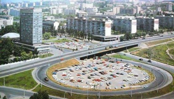 Як виглядали столичні парковки раніше і зараз (Фото)