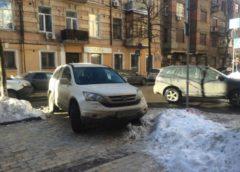Черговий герой парковки розлютив киян (Фото)