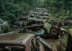 Рідкісні занедбані автомобілі, гниють на просторах Європи (Фото)