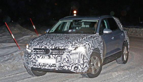 Volkswagen Touareg нового покоління помітили під час тестів (Фото)