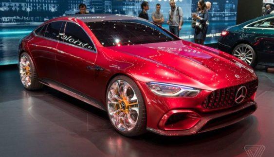 Mercedes-Benz представив 805-сильний чотиридверний спорткар