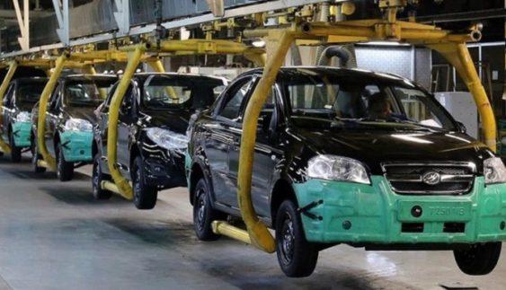 В Україні обвалилося виробництво автомобілів
